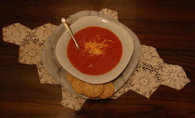 This image has an empty alt attribute; its file name is winter-squash-soup-with-tomatoes-1.jpg