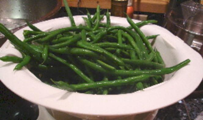 This image has an empty alt attribute; its file name is braised-flat-beans.jpg